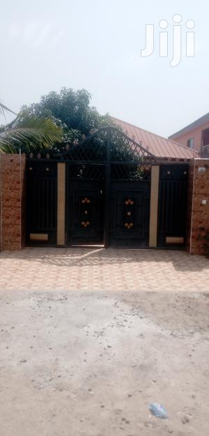 Kasoa Paradise ( Nyanyano Rd) 3 Bedroom Self Contained | Houses & Apartments For Rent for sale in Central Region, Awutu Senya East Municipal