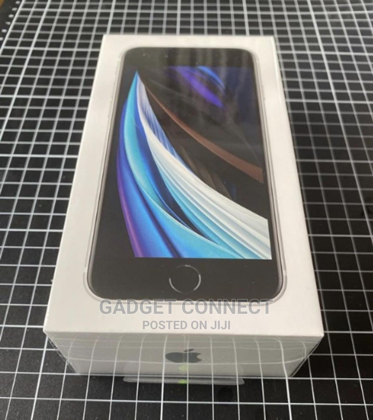 New Apple iPhone SE (2020) 128 GB White