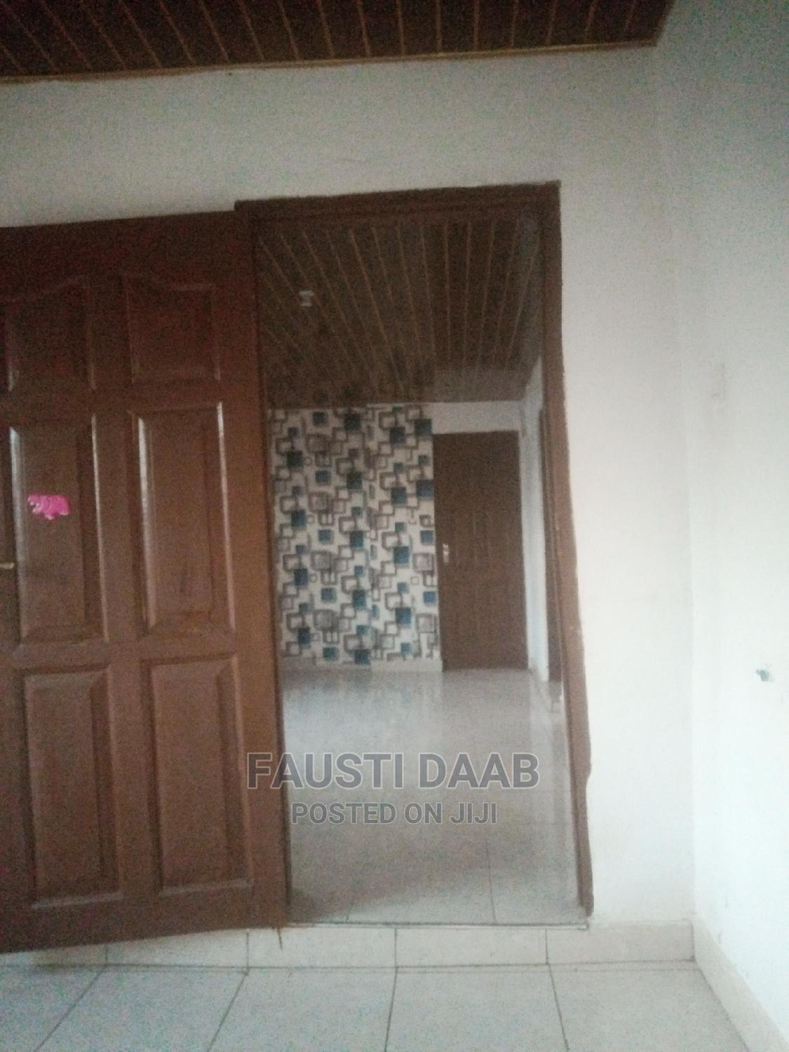 Archive: 1bdrm Apartment in Fspm, Circle Station Area for Rent
