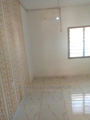 1bdrm Apartment in Ultimate Estate, School Area for Rent | Houses & Apartments For Rent for sale in Achimota, School Area