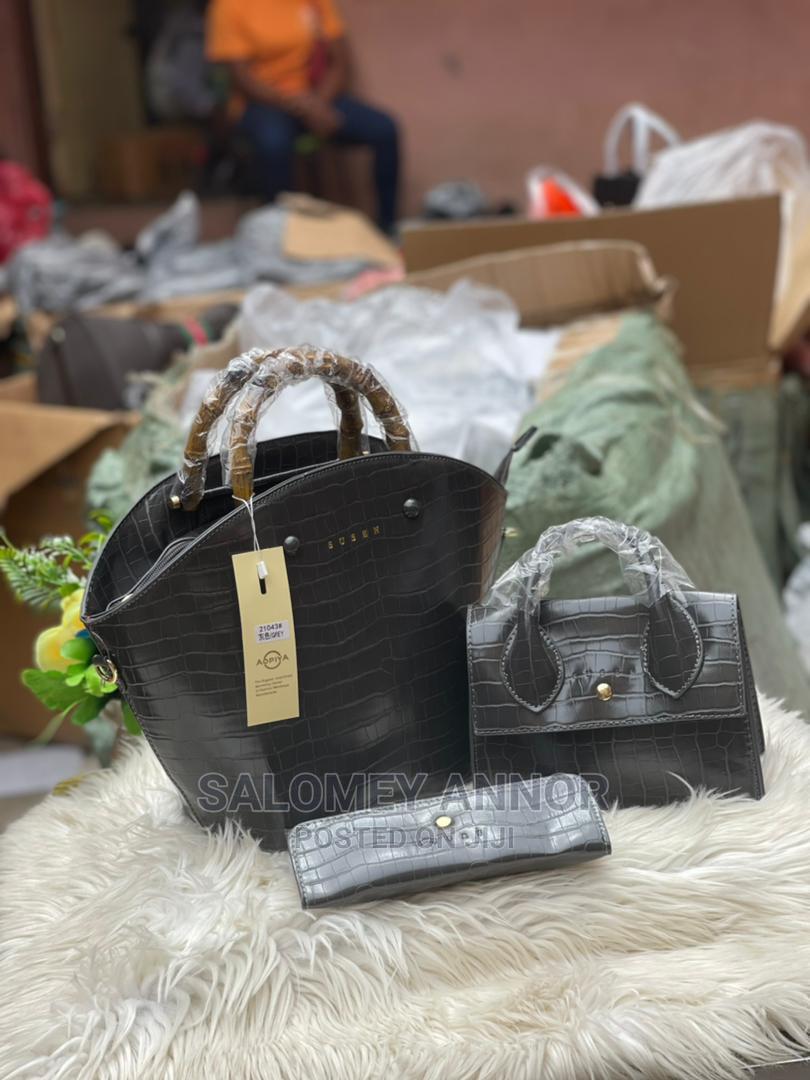 Archive: Ladies Quality Bags Set