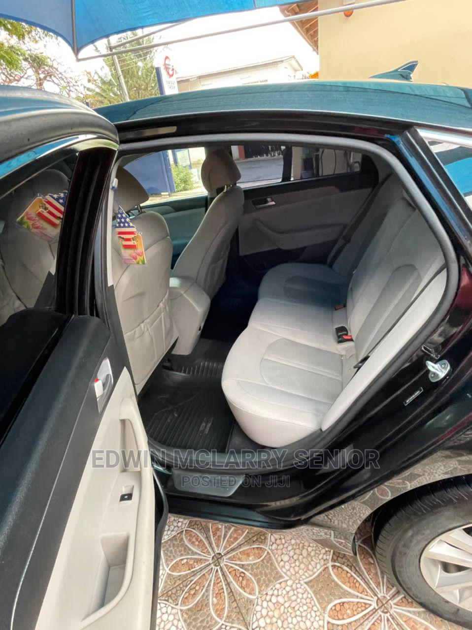 Archive: Hyundai Sonata 2016 Black