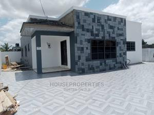 3bdrm House in Ddlzabeth Properties, Adenta for Sale | Houses & Apartments For Sale for sale in Greater Accra, Adenta