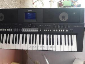 Yamaha Keyboard PSR S-650 | Musical Instruments & Gear for sale in Greater Accra, Lapaz