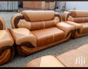 Leather Sofa Set❤❤🖤. Free Delivery   Furniture for sale in Greater Accra, Adabraka