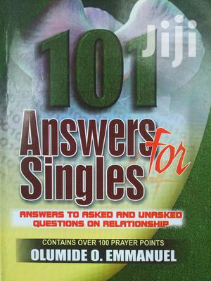 101 Answers For Singles   Books & Games for sale in Central Region, Awutu Senya East Municipal